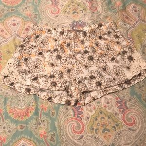 Boom Boom Jeans Shorts - Soft Shorts | Floral & Lace Detail | So Pretty! 🌻